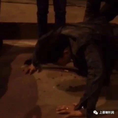 平舆一男子醉酒归家途中落水还上了都市报道,以后还是别喝了吧!