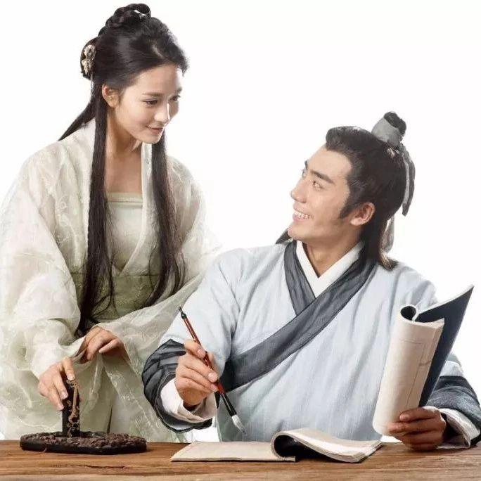 信��L味小吃文化故事:�盼生香――�u蛋灌�