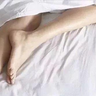睡觉时打呼磨牙流口水,可能是身体在暗示……