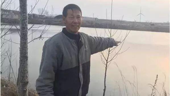河头店六旬老汉寒冬跳入冰水,勇救落水男孩!