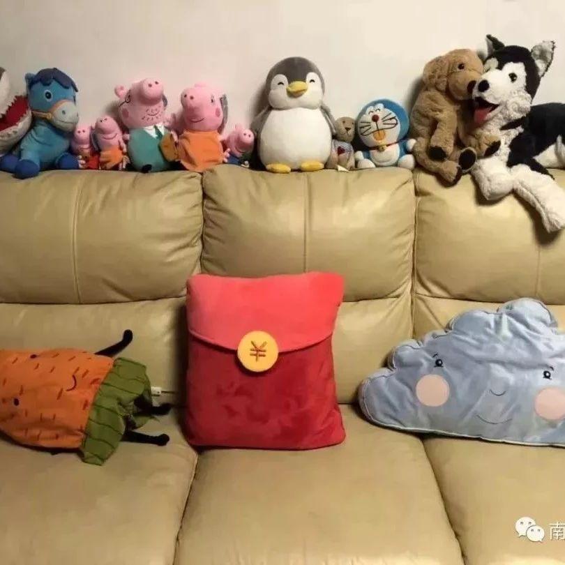 一位妈妈晒沙发照片,炸出一堆被逼疯的家长…