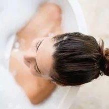 癌症帮凶就在你家,洗澡时还天天用,看完赶紧扔!