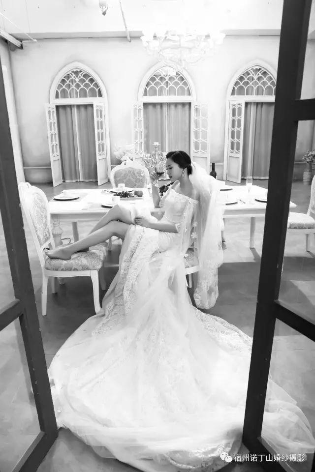 诺丁山婚纱摄影展现最美的你,有个性的才受人喜爱!!!