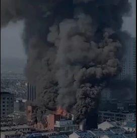 痛心!安徽一商场发生火灾,4人死亡