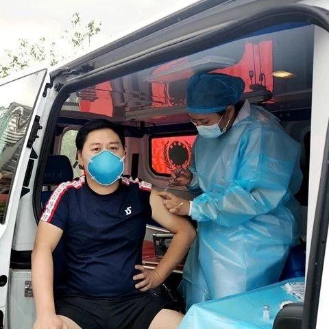 """望江县中医医院开展疫苗接种点""""流动""""服务"""