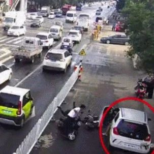 一个动作,司机全责!莱阳开车、坐车的都应该看看!