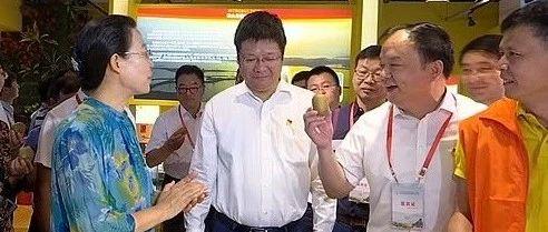 """""""一节一会""""浠水馆:市长邱丽新击掌赞叹说""""好"""",又点名看这种特产"""