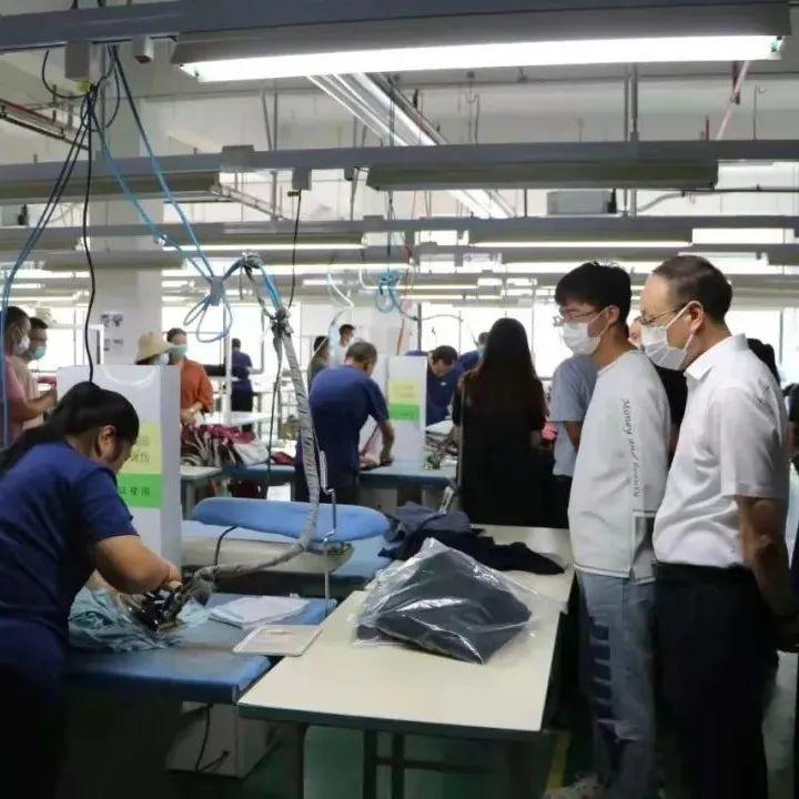 【招贤纳士】提供600多个岗位,县中小企业园专场招聘会举行