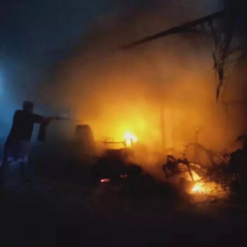 福彩3d胆码预测一小区充电桩自燃引发火灾!