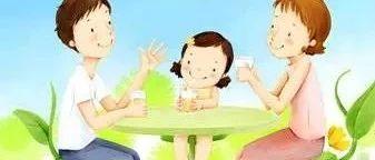 两位母亲分苹果,影响两个孩子的一生!相差太大了
