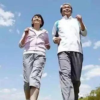 走路和不走路10年后的区别,原来每一步都是一味药…