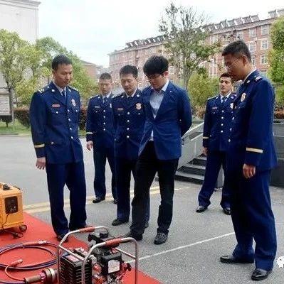 县委常委、常务副县长万国辉到县消防救援大队调研指导工作