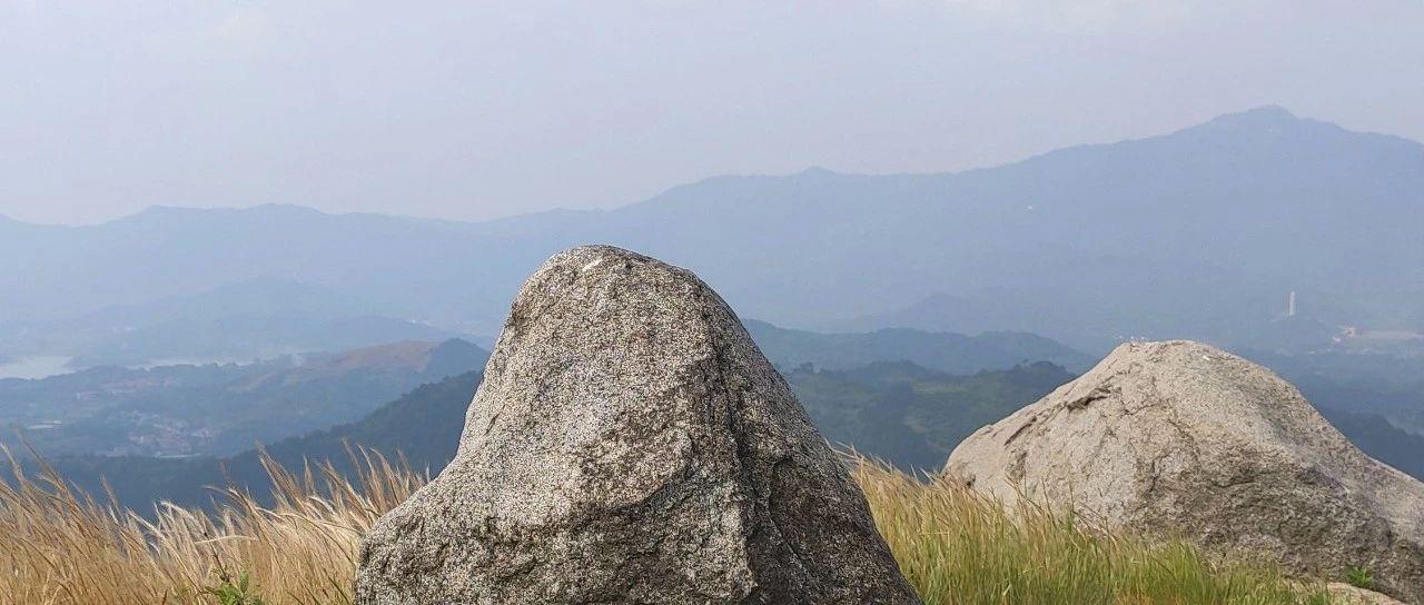 具有人间仙境――小西天之称的梅川镇灵山