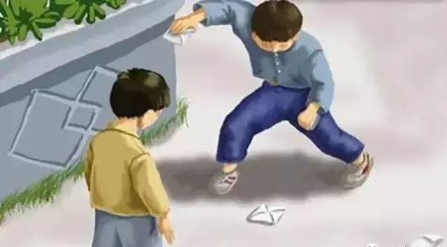 这些都是平川人小时候玩的游戏,那时玩具很少但很开心!