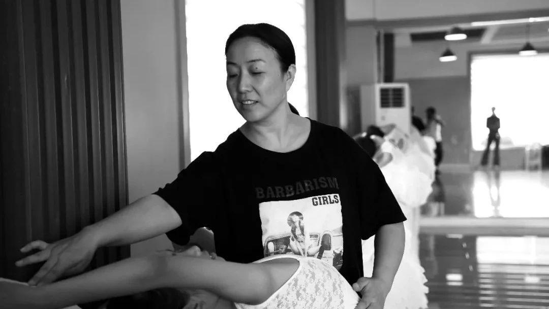 【身边】第2期:17年舞蹈梦想的坚持,数十年如一日,博兴一名舞蹈老师的背后……