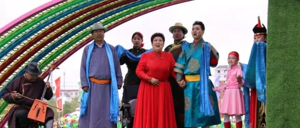 第八届内蒙古自治区乌兰牧骑艺术节今日开幕(组图+视频)