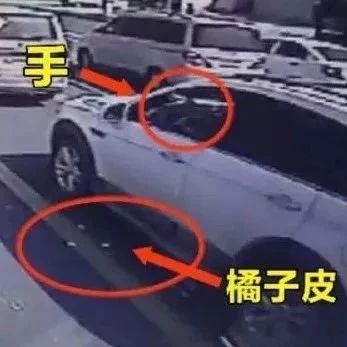 干得漂亮!私家车主往窗外扔垃圾,郑州公交车长直接还回去