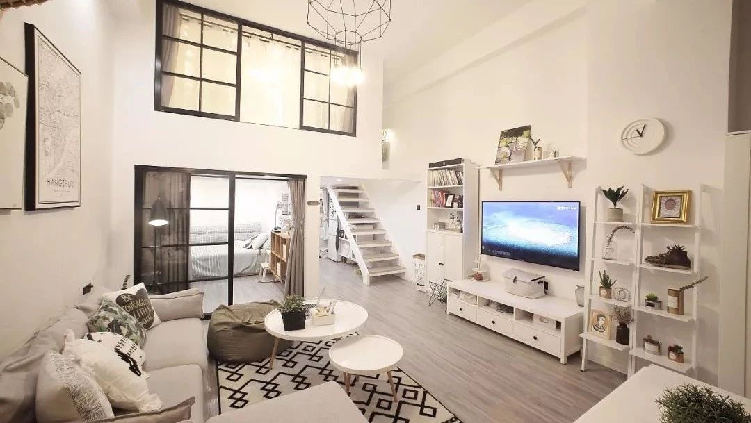 57平北欧风小户型loft二居室,喜欢玄关的花砖