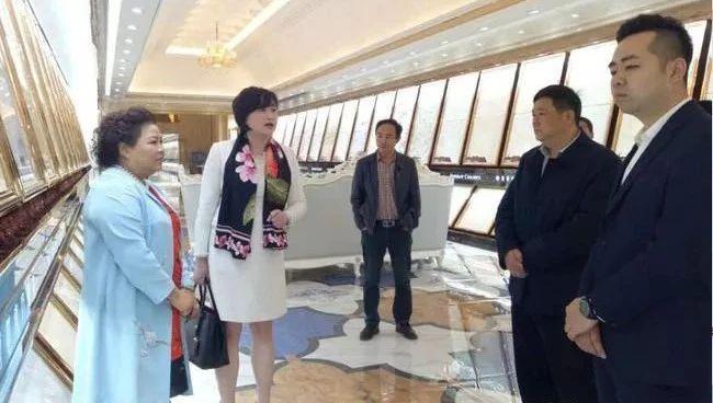 加中四川总商会考察夹江陶瓷出口北美市场事宜