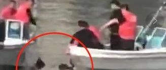 悲剧!北河桥一年轻女子跳河轻生,两男子合力挽救无果