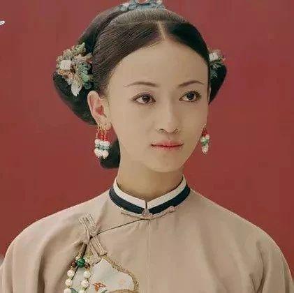 """央视网评""""魏璎珞"""":入戏太深还是艺德不够?"""