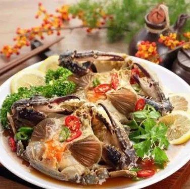这样吃螃蟹你见过吗?传统做法视频来了!
