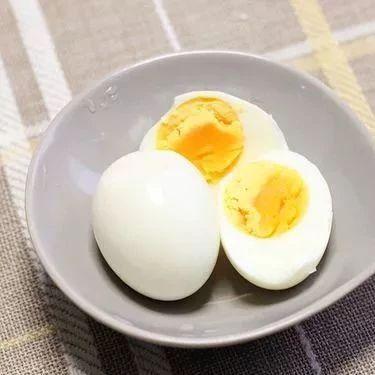 早晨吃鸡蛋对身体是好还是坏?很多人都不知道!