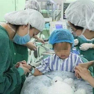 【健康】三岁女孩竟患乳腺癌!还有更可怕的真相,你必须了解
