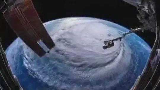 """澳门威尼斯人游戏平台别再传了!这个太空拍摄的台风云图,说的不是""""山竹""""!"""