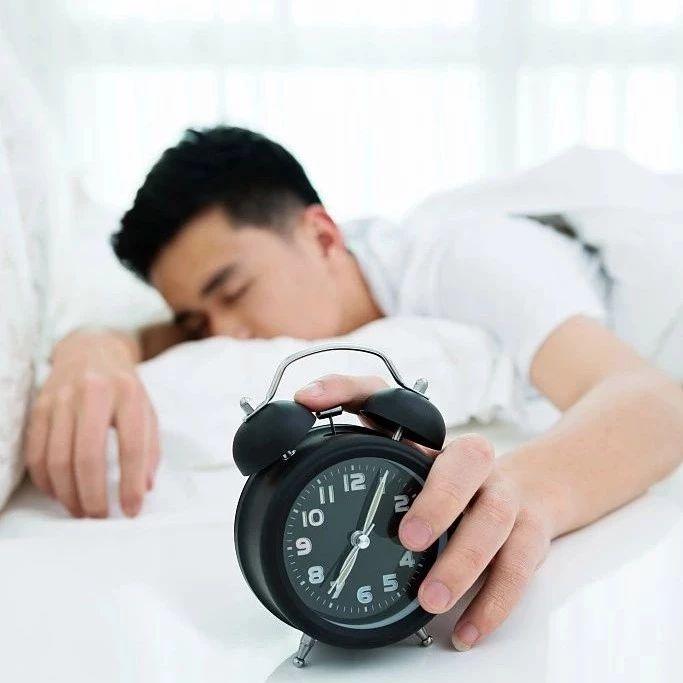 【健康】心理学院士的「高效睡眠法」,把欠下的睡眠债补回来