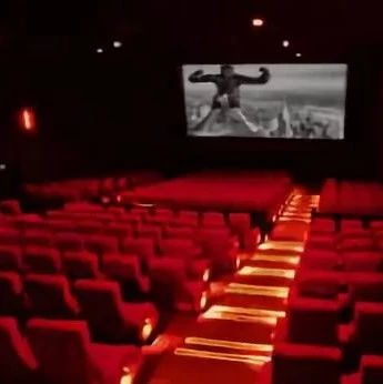 为什么电影院的座椅是红色的?