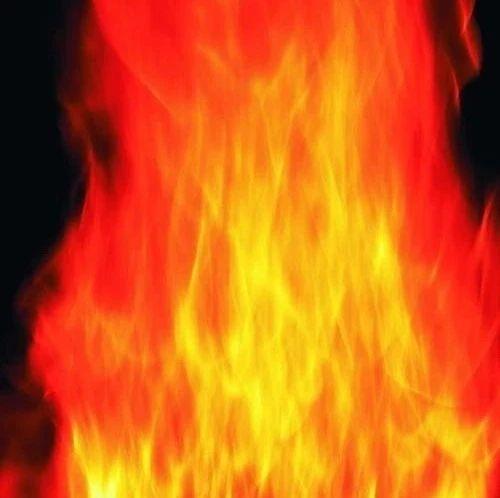 青银高速清河服务区附近20多吨塑胶颗粒起火,清河中队四小时扑灭!