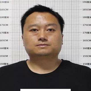 �R泉城�P��@��人�l�J�R!公安正在征集他的犯罪�索!