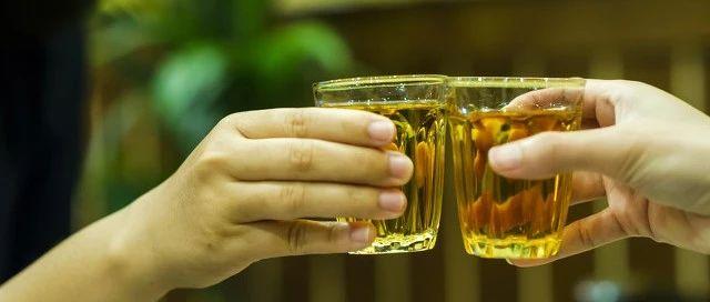 味精加�岷笥卸厩抑掳�?喝酒��t的人酒量大?阜�很多人�不知道…