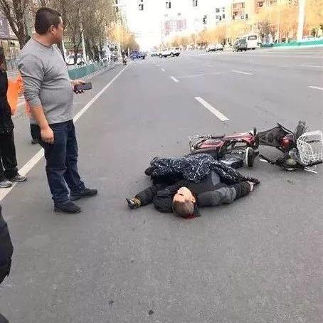 【城事】直击现场!澳门金沙城中心一男子受伤倒地血流不止,目击者指证肇事司机是红......