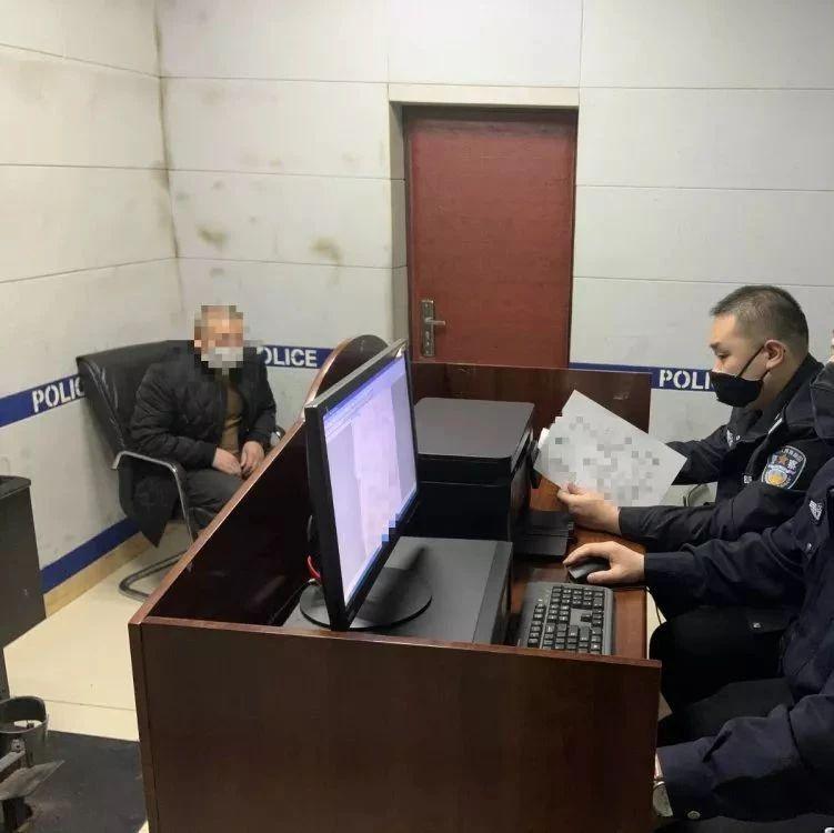 【城事】白城某小区防疫栅栏遭破坏,警方调取监控后发现...惩罚行为人