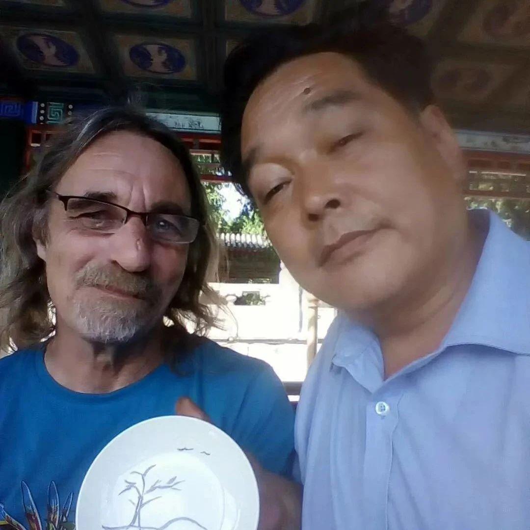 长葛一村民:在北京画了14年画!为150个国家的游客画过肖像!