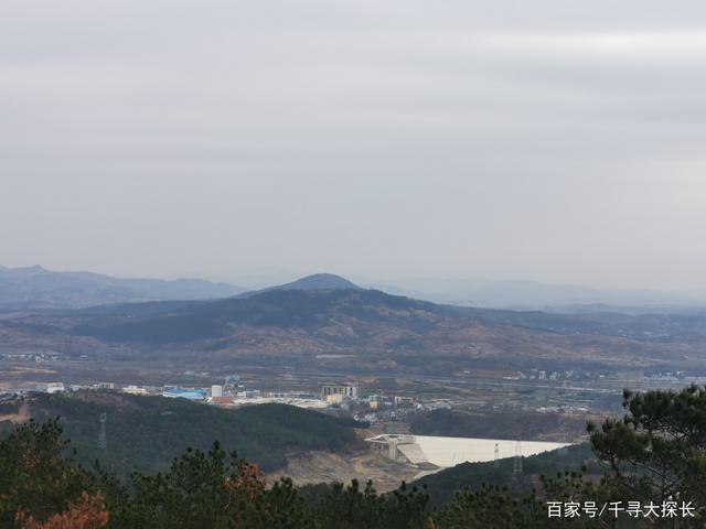大悟县易岭山,是中国摄影创作基地,也是大悟县风力发电站