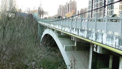 """排查隐患防范风险新密城区5座桥梁全面""""体检"""""""