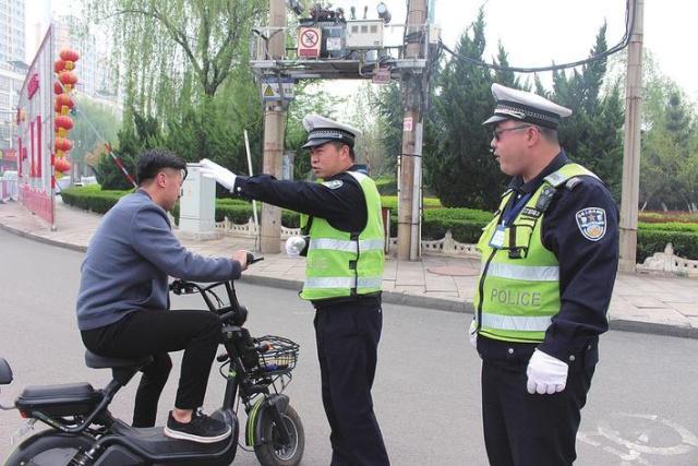 邯郸涉县交警大队规范非机动车文明出行