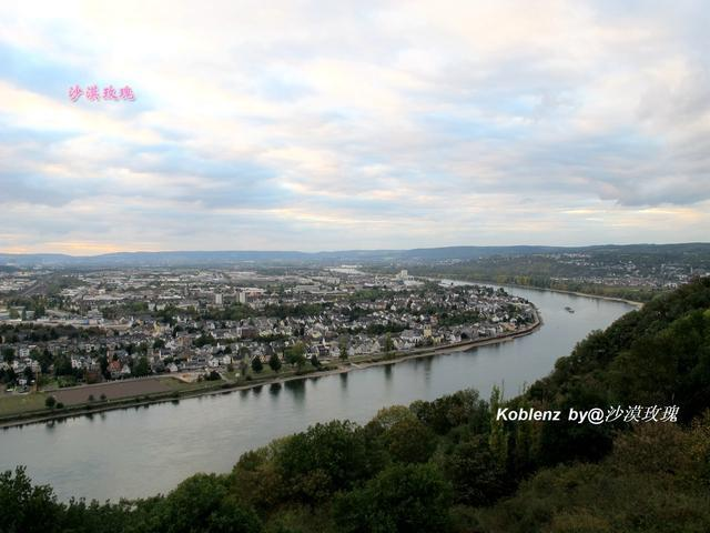 它是德国最美丽的遗产,莱茵河谷的起点,德意志统一的象征