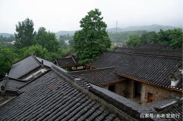 湖北省孝感市大悟县美丽乡村烟雨朦胧金岭村