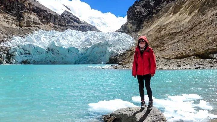 这个星球的美丽泪痕――曲登尼玛冰川