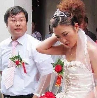 厨师结婚当天,新娘没有宝马车不出嫁,新郎一怒之下...