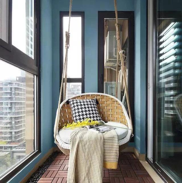 谁说阳台只能晒衣服?我家阳台安装秋千吊椅,邻居都要照着装