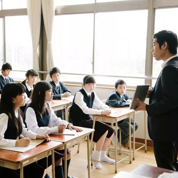 范冰冰的致歉信,被语文老师拿来上课了!学生挑出10多处语病