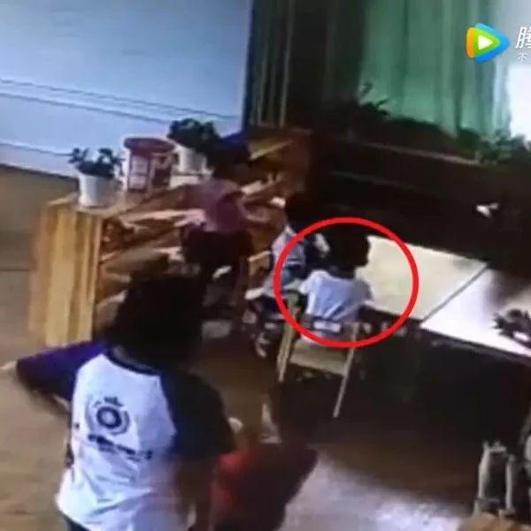 4岁男童在幼儿园被噎死!看完监控,母亲崩溃大哭!
