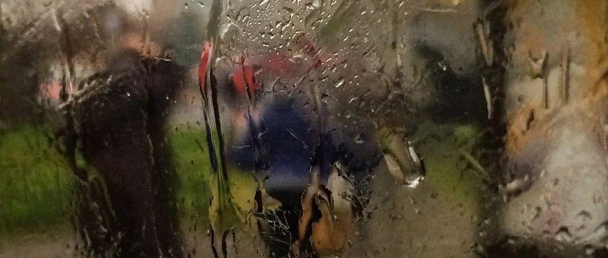 上午8�c45分大雨!有人拍下�@一幕!萍�l的都看看吧