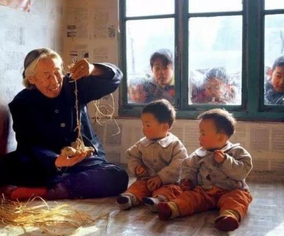 在富平农村,有种礼仪叫上炕!