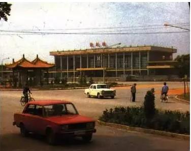 30年前邹城街头,跑的是什么车,快来看看!